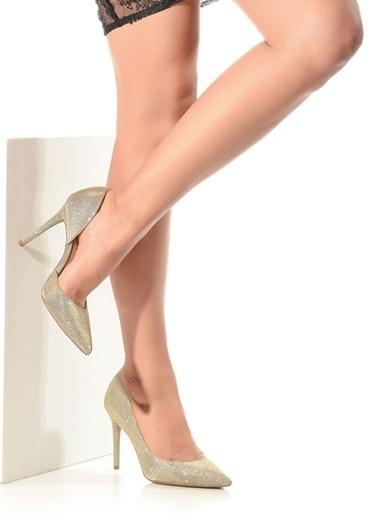 Jessica Simpson Stiletto Altın